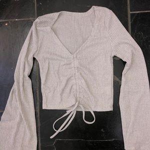 Tops - grey long sleeve cop top